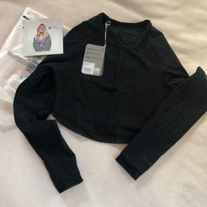 NWT Whitney Simmons Crop Top